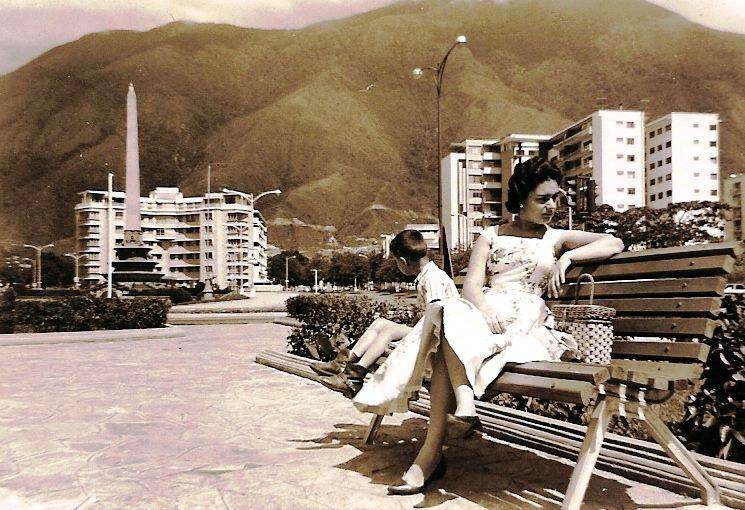 Los espacios públicos al aire libre eran los preferidos por los caraqueños